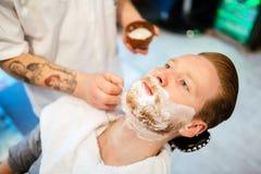 Обработка бороды и усика волос Стоковые Фотографии RF