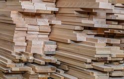 обработка древесины Работа Joinery Деревянная мебель Деревянный конструкционный материал тимберса для предпосылки и текстуры prod стоковые фотографии rf