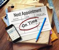 Обработка документов и мобильный телефон используемые для Scheduling Стоковое Изображение