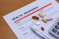 Обработка документов медицинской страховки, медицина, стетоскоп Insura здоровья Стоковое Изображение