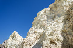 Образование белого утеса минеральное на Milos острове, Греции Стоковые Изображения