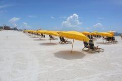 Образование зонтика на пляже Майами, США Стоковые Фотографии RF