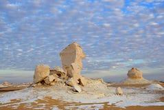 Образование известняка в белой пустыне Сахаре Египте стоковые фото