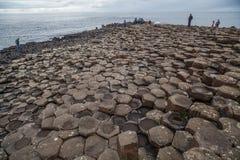 Образования мощёной дорожки гиганта вулканические Стоковые Фотографии RF