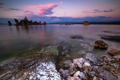 Образования Tufa в Mono озере Стоковое Изображение RF