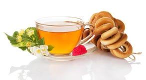 Образуйте изолированные цветки бейгл, чая чашки, поленики, жасмина и липы Стоковые Изображения RF