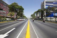Образ жизни движения и центра в Каракасе рано утром стоковые фото