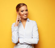 Образ жизни, дело и концепция людей: усмехаясь бизнес-леди Стоковое Изображение RF