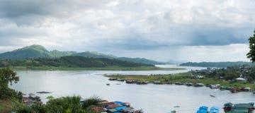 Образ жизни понедельника деревни известный тайский в sangkhlaburi Стоковое Изображение