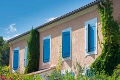 Образ жизни Провансали - детали и элементы француза расквартировывают стоковая фотография