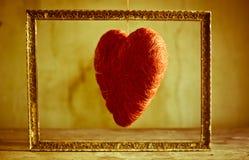 Обрамлено сердце моей смертной казни через повешение влюбленности от потока Стоковое Изображение RF
