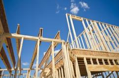 Обрамлять дома нового строительства стоковое изображение