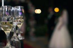 Обручальные кольца в стекле шампанского Стоковое Изображение