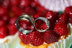 Обручальное кольцо диаманта и Стоковое фото RF
