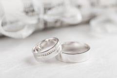 Обручальные кольца крупного плана Стоковое Фото