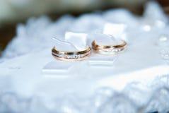 Обручальные кольца Стоковые Изображения
