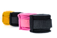 Обручи или повязки бокса другого цвета изолированные на белизне Стоковые Изображения