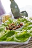 Обручи салата омара с анакардиями и зеленым луком Стоковая Фотография