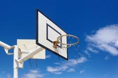 обруч баскетбола напольный стоковые изображения rf