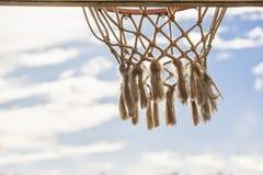 Обруч баскетбола пересеченный лучами солнца Стоковое Фото