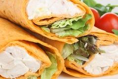 обруч tortilla сандвича цыпленка Стоковые Изображения