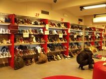 Обувной магазин Стоковые Фотографии RF