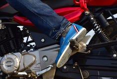 Обувь Gents с фотоснимком тела ` s велосипеда Стоковая Фотография
