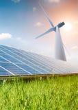 обшивает панелями солнечный ветер турбины Стоковые Фото