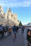 Обширная улица, Оксфорд, Великобритания, 4-ое декабря 2016: Искусства Стоковая Фотография