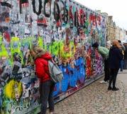 Обширная улица, Оксфорд, Великобритания, 27-ое ноября 2016: Установка b искусства Стоковые Изображения