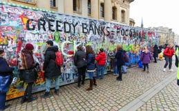 Обширная улица, Оксфорд, Великобритания, 27-ое ноября 2016: Установка b искусства Стоковые Фото