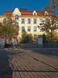 Общеобразовательная школа в городке Zatec стоковые изображения rf