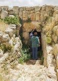 Общественная пещера на древнем городе Susya в западном береге стоковое фото