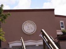 Общественное здание в Санта-Фе город капитолия Неш-Мексико стоковые изображения rf