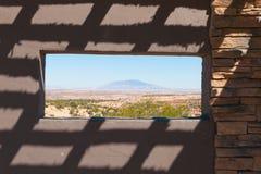 Общественный взгляд места наблюдения через ландшафт Аризоны Стоковая Фотография RF