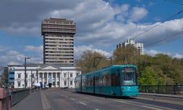 общественный местный транспорт frankfurt Германии Стоковое Фото