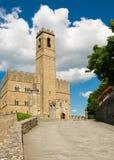 Общественный памятник замка Poppi в Тоскане Стоковая Фотография