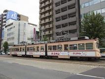 Общественный транспорт трамвая в Хиросиме Стоковое фото RF