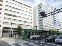 Общественный транспорт трамвая в Хиросиме Стоковое Изображение RF