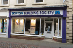 Общество Skipton Builiding в Hexham стоковое фото rf