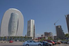 Общие современные многоэтажные здания квартиры афоризмов стоковые изображения