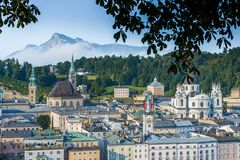 Общий вид Зальцбурга от точки зрения Kapuzinerberg, Австрии Стоковое Изображение RF