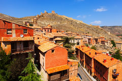 Общий вид городка с крепостной стеной Стоковое Изображение RF