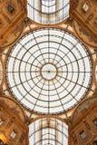Объезжайте витраж формы в церков Португалии, Порту Стоковые Изображения