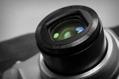 Объектив фотоаппарата черно-белый стоковое изображение rf