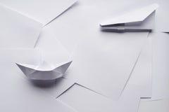 Объекты белой бумаги стоковые фотографии rf