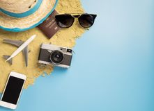 Объект и мода перемещения пляжа лета на лето путешествуют Стоковые Изображения RF