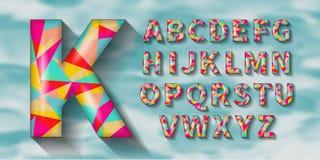 Объемный геометрический английский алфавит с тенями Полигональная геометрия Стоковое Фото