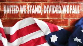 Объединенный мы стоим, разделенный мы падаем Стоковое фото RF