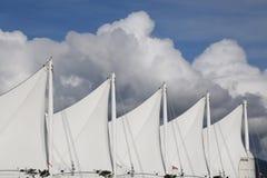 Облака ветрил перемещения концепции белые Стоковые Изображения RF